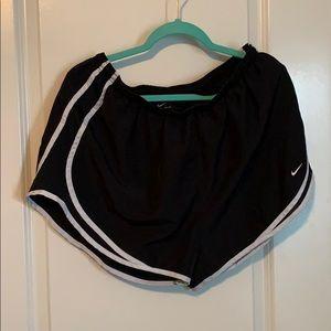 1X Nike shorts
